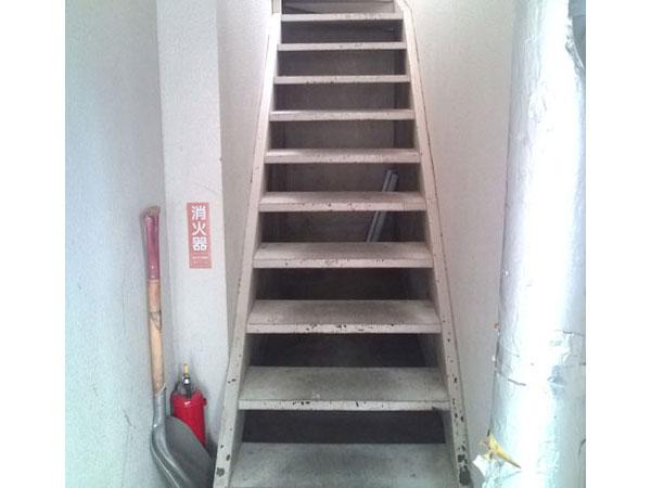 鉄骨階段補修